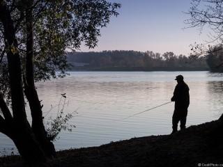 Le pêcheur de la rive – Miribel